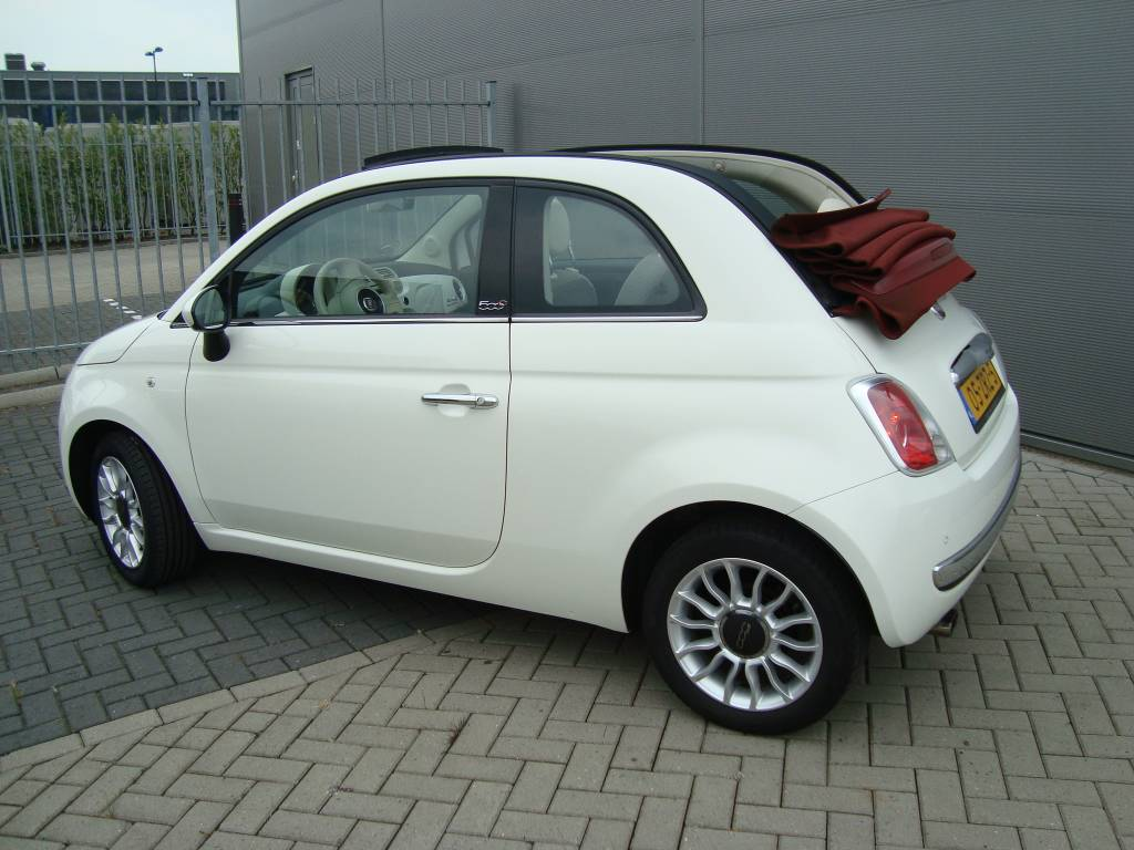 fiat 500 cabrio 2010. Black Bedroom Furniture Sets. Home Design Ideas
