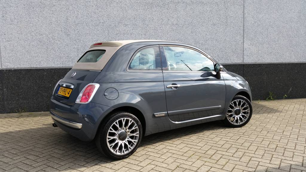 fiat 500 cabrio 2011 antraciet grijs met congnac beige lederen interieur. Black Bedroom Furniture Sets. Home Design Ideas