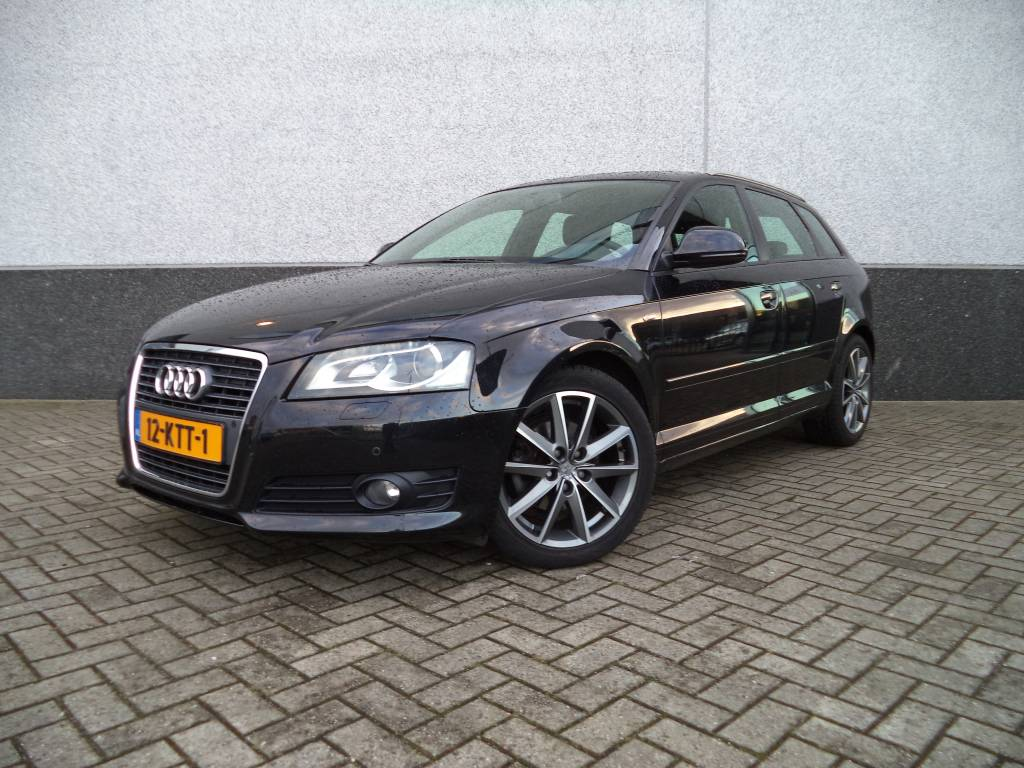 audi a3 sportback 1 4 tfsi s line binnen en buiten benzine automaat 2010. Black Bedroom Furniture Sets. Home Design Ideas