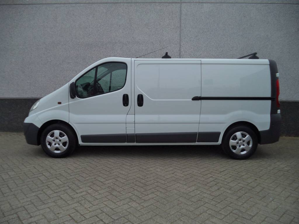 opel vivaro 2 0 cdti eco diesel 2012. Black Bedroom Furniture Sets. Home Design Ideas